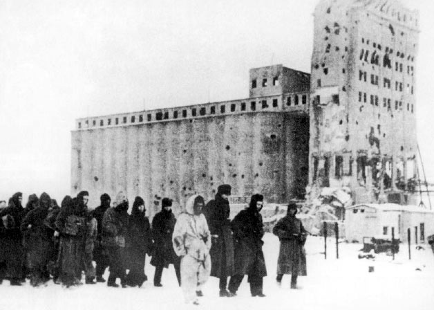 German_pows_stalingrad_1943